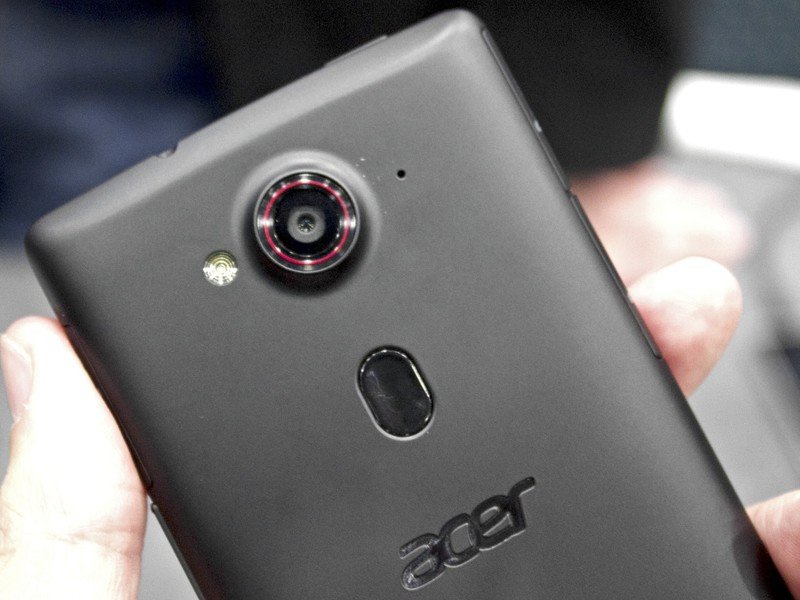 Caratteristiche Acer Liquid E3 e Liquid Z4 nuovi smartphone per selfie
